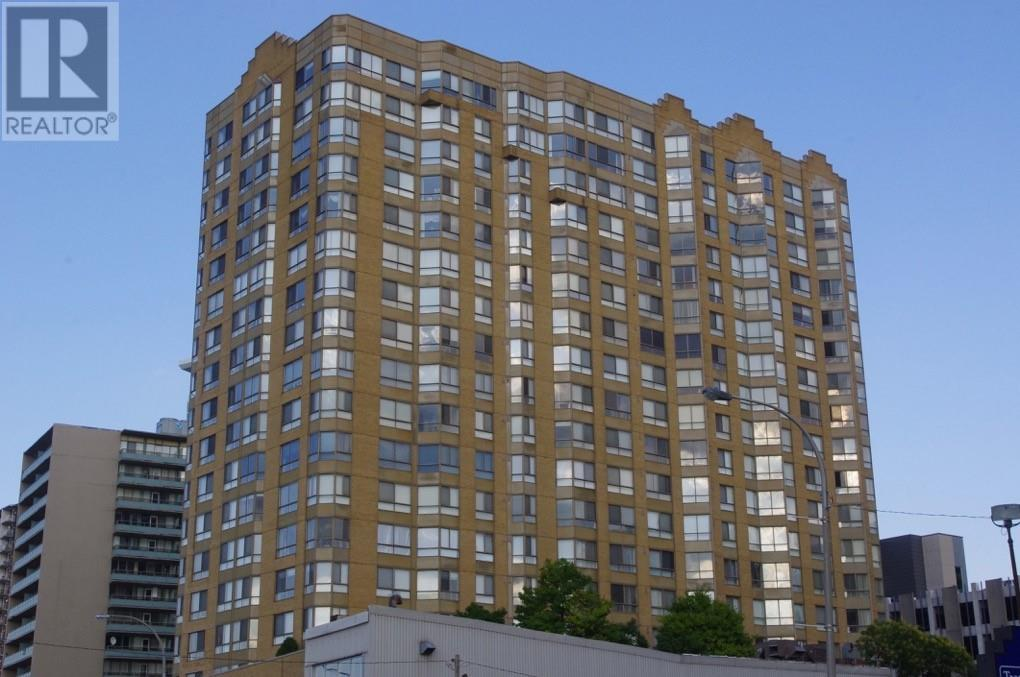 CONDO WITH WATERVIEWS IN THE HEART OF DOWNTOWN WINDSOR