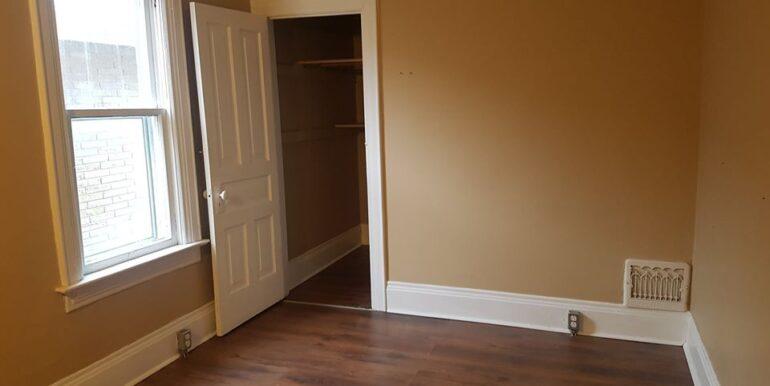 Parent - 1673 - bedroom2