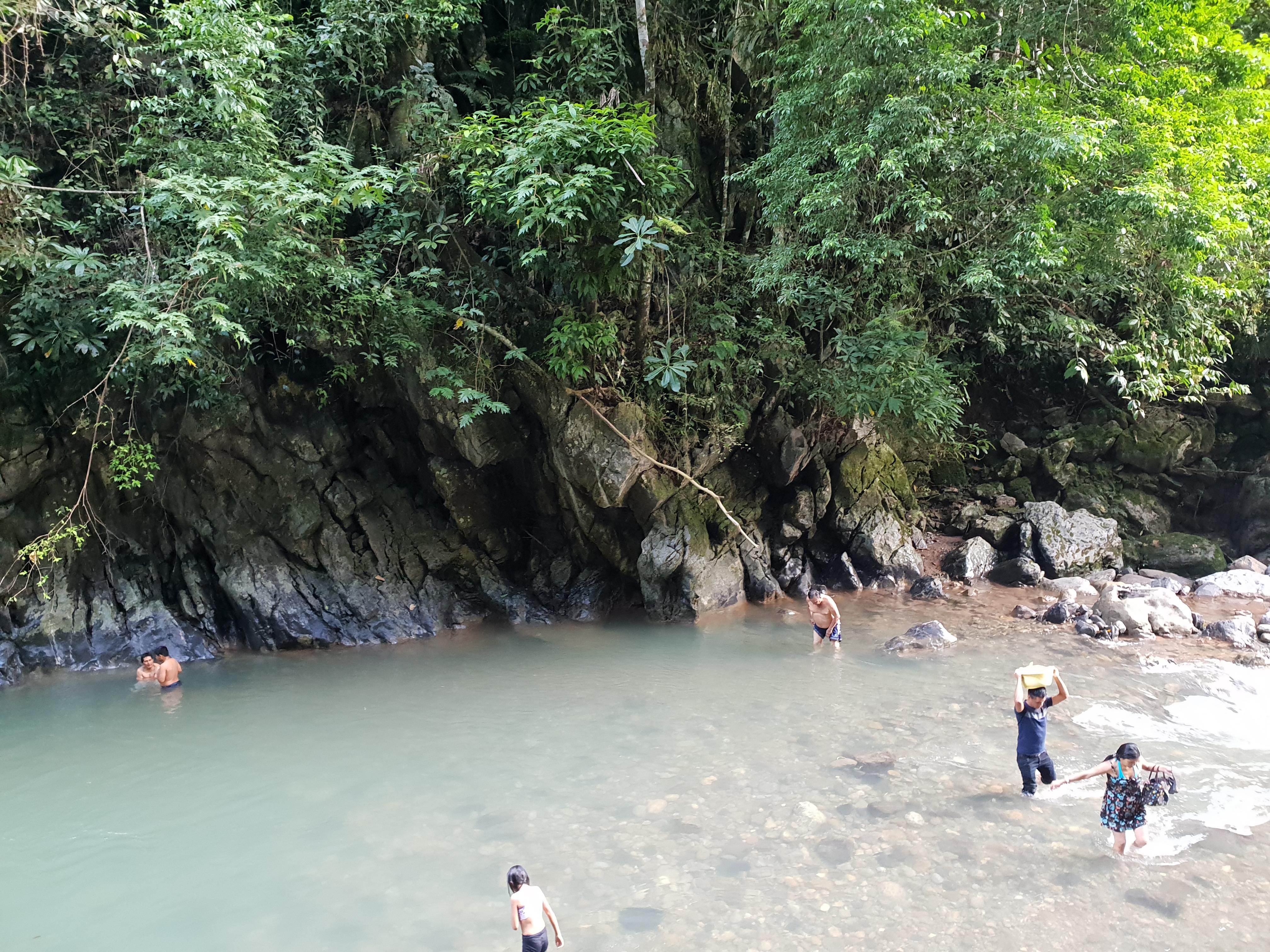 Cueva de las Pavas