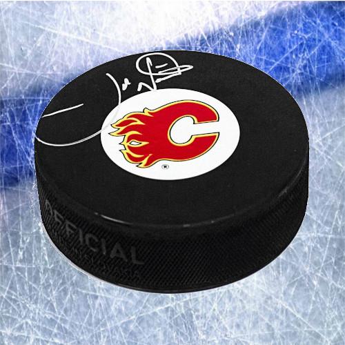 Joe Nieuwendyk Calgary Flames Signed Hockey Puck