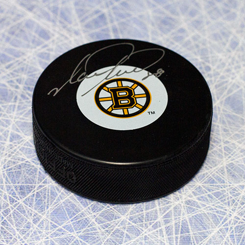 Mark Recchi Autographed Hockey Puck Boston Bruins