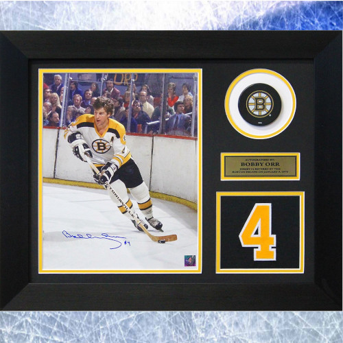 Bobby Orr Framed Boston Bruins Signed Retired Jersey Number 20x24