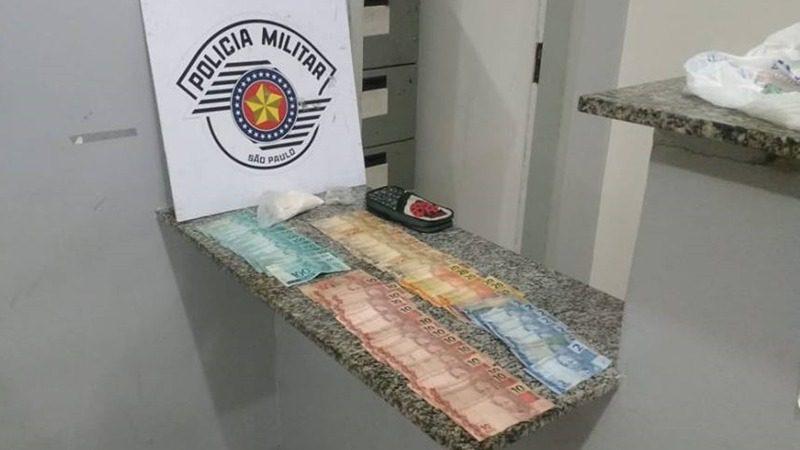 PM SP prende casal por tráfico de drogas em Mogi das Cruzes