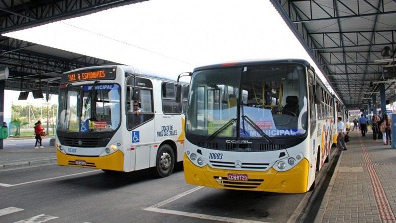 Ônibus em Mogi
