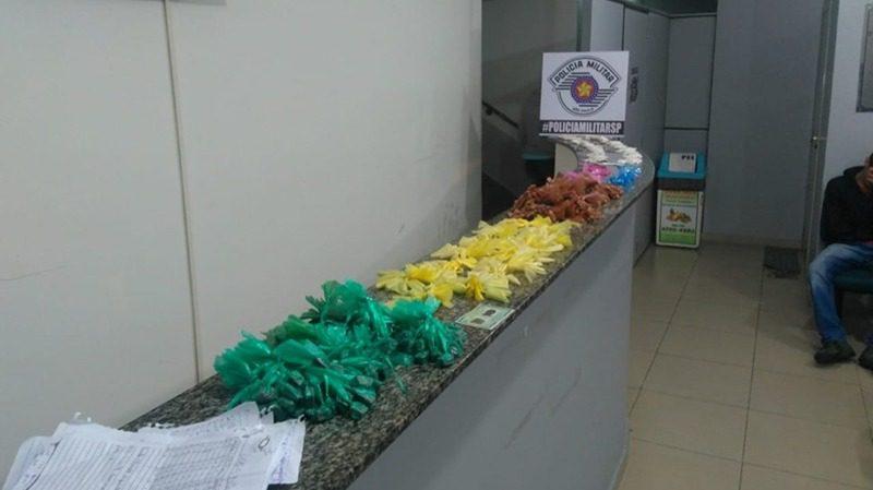 Drogas apreendidas na Vila Oliveira - Mogi das Cruzes