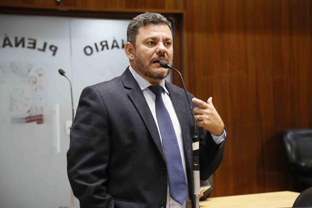 Mauro Araújo