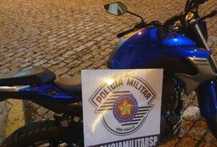 Moto roubada em Mogi das Cruzes