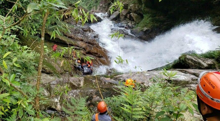 Cachoeira Véu da Noiva - Mogi-bertioga