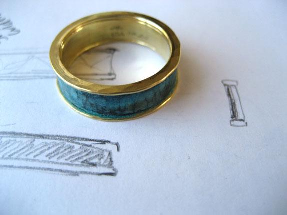 Artifact Ring