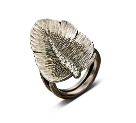Semi-Plume Ring