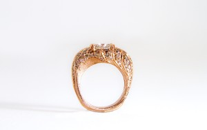 Ombre Diamonds Twisted Leaves Ring