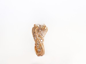 Ombre Diamonds on Twisted Leaf Ring