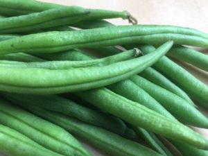 What are legumes poplar in Africa? picture of string beans