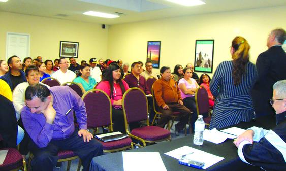 Más de 70 padres de familia se dan cita a las reuniones que organiza la Coalición que tiene como objetivo la educación de padres./RAFAEL GOMEZ F.