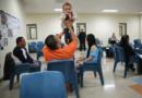 Suspenden visitas a centros de detención migratorios