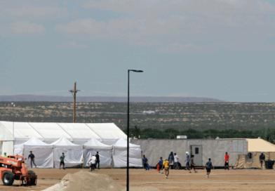 Trump quiere construir más centros de detención por el coronavirus