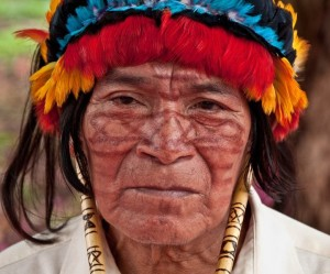Achuar woman. Photo from: amazonwatch.org