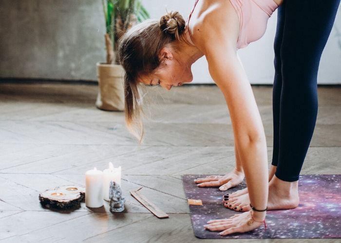 Yoga en casa en un lugar especial