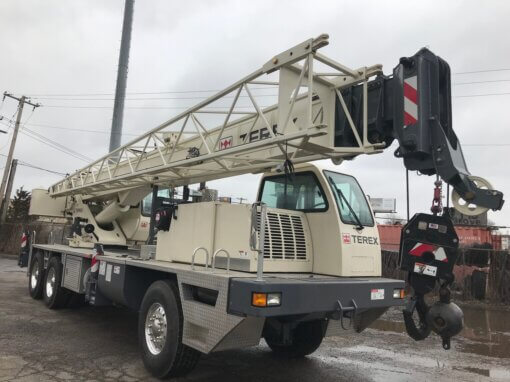 Front End of Terex T340-1 Crane