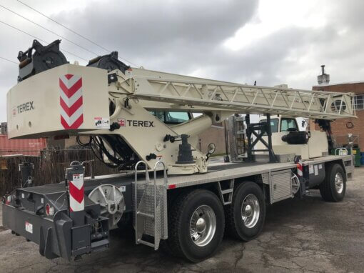 Terex T340-1 Crane With Boom Lowered