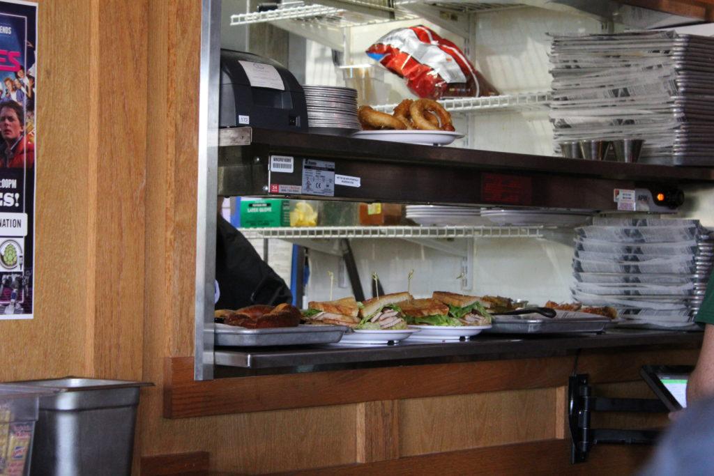 Restaurant kitchen food service window