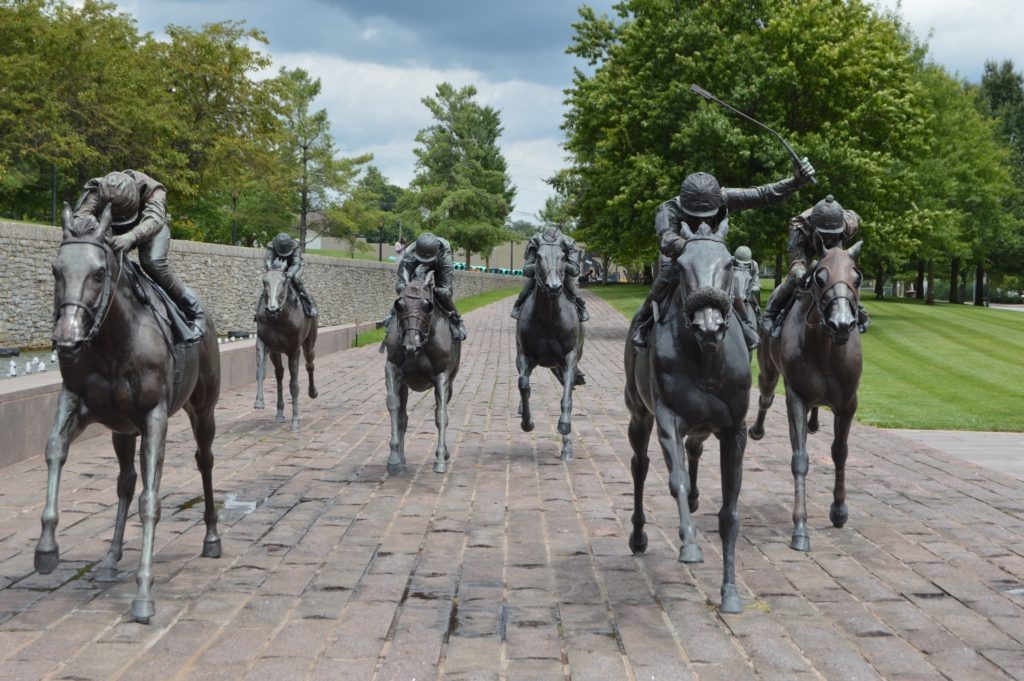 Thoroughbred Park horse statues