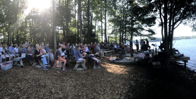 Lakeside Service 2019