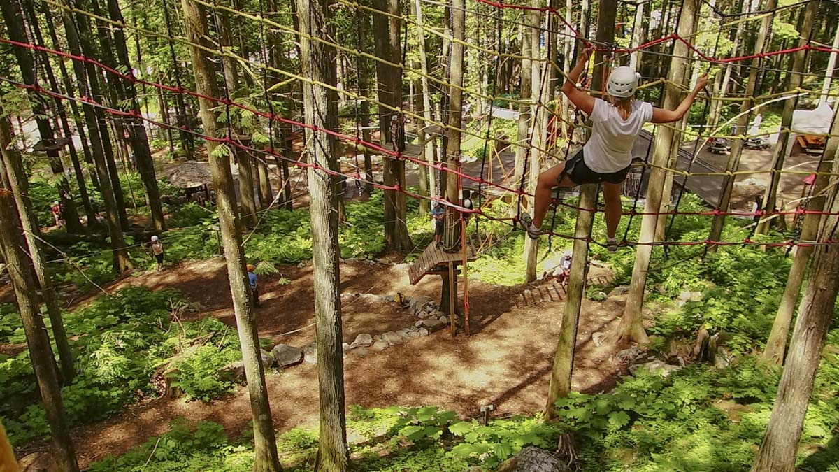 high-ropes-aerial-trekking-course-family-at-skytrek-adventure-park-bc-12