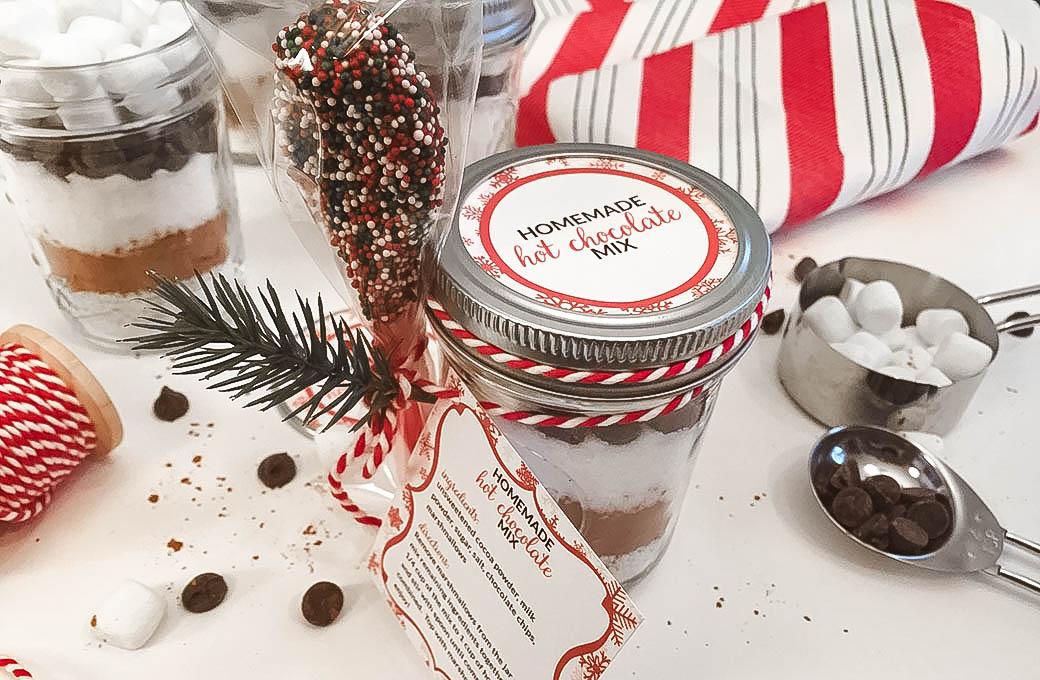 Homemade-Hot-Chocolate-Mix-slider-image