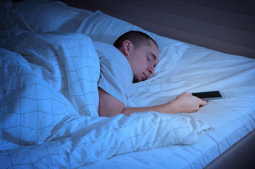 Sleep with smartphone