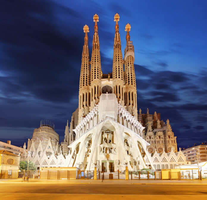 10 reasons why you should visit spain
