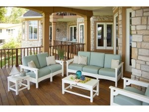 outdoorseating-300x226