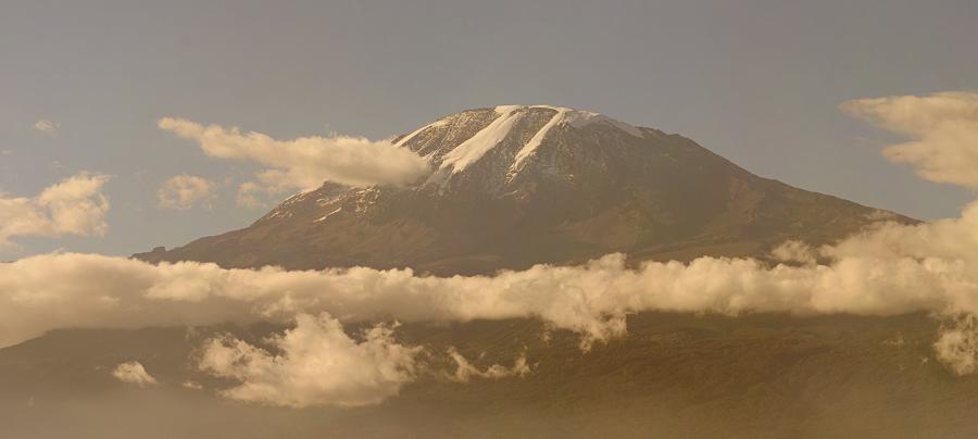 Mount_Kilimanjaro-Head-900x