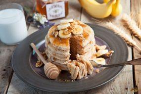 honey-whole-wheat-pancakes-4