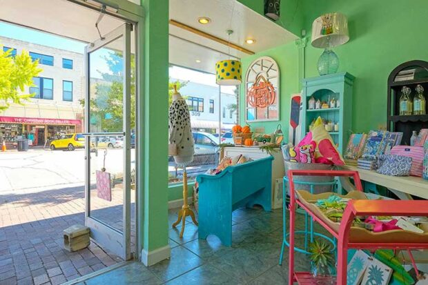 inside view of Polka Dot Palm in Downtown Edenton