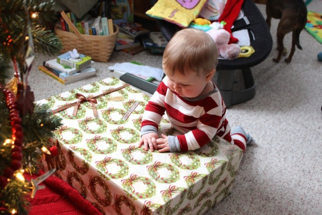 lucy-unwrap-big-gift