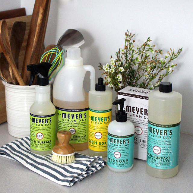 mrs-meyers-cleaning-products-giveaway