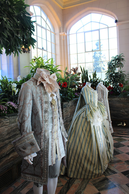 casa-loma-toronto-beauty-and-the-beast-costumes-conservatory