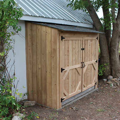 Building our Garbage Bin Lean-To Shed {Video}