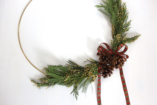 brass-ring-christmas-wreath-upclose