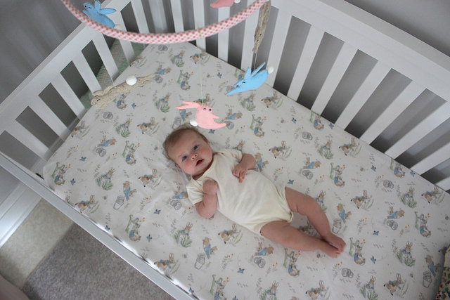lucy-baby-crib