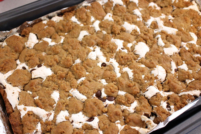 smore-cookie-bars-baked