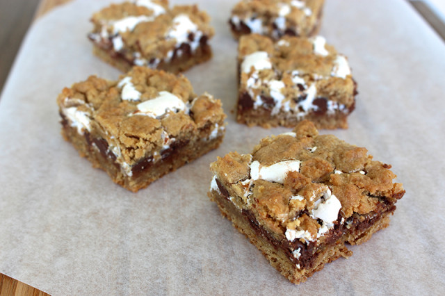 smore-cookie-bars1