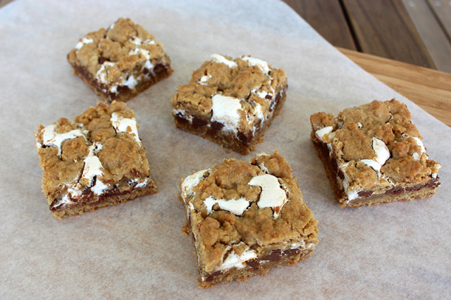 smore-cookie-bars2