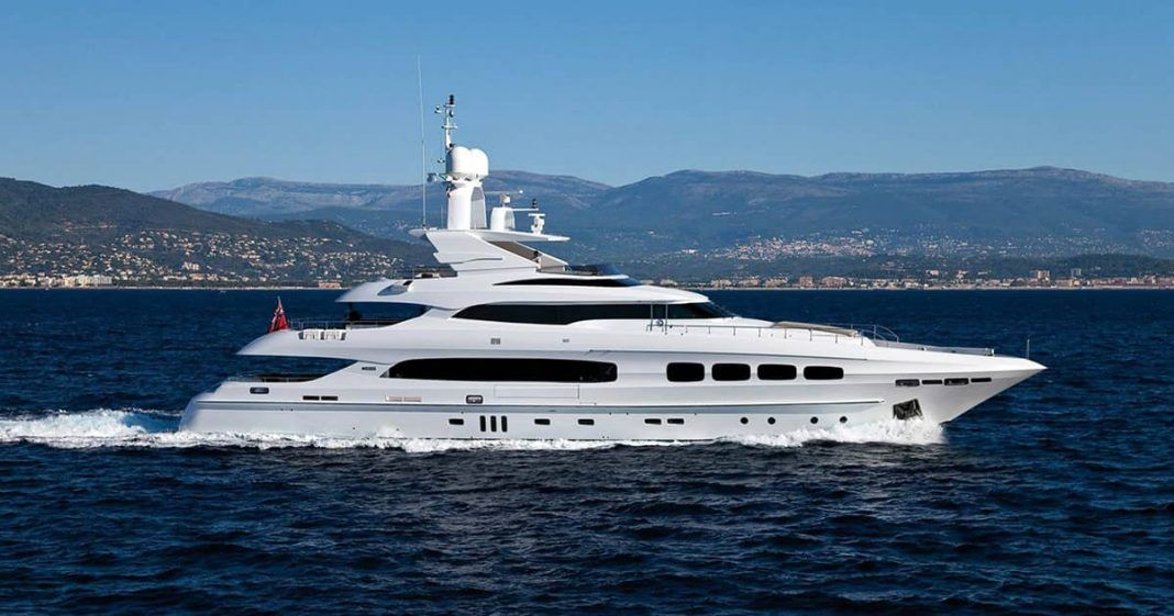 Manifiq Luxury Mega yacht for charter