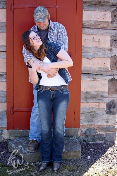 Engagement photography at Daniel Boone Homestead.