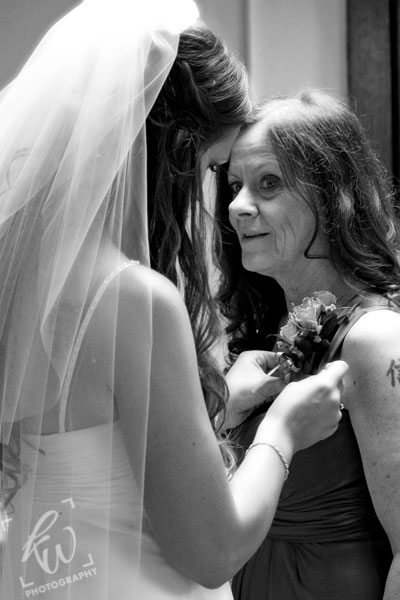 Bride and Mom - wedding photography