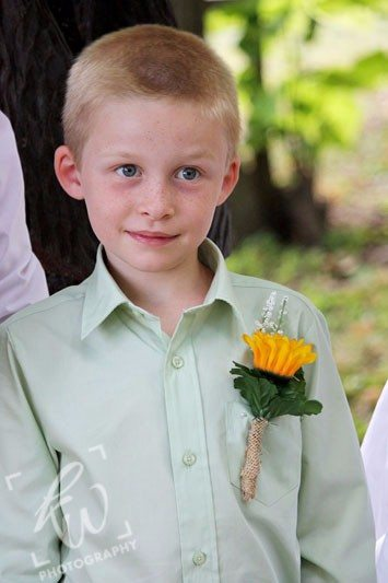 Wedding photography session - ring bearer