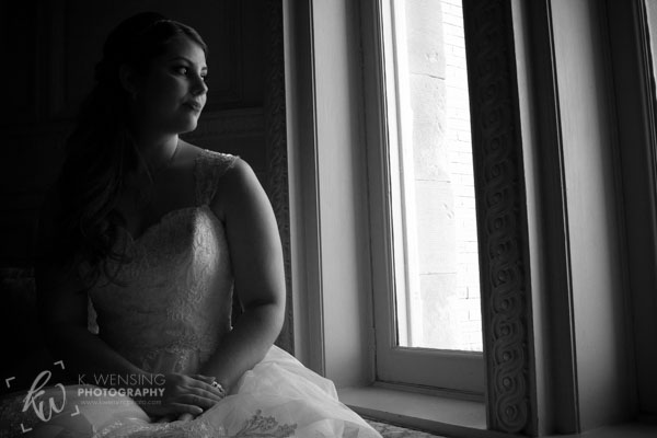 Black and white photo of a beautiful bride.