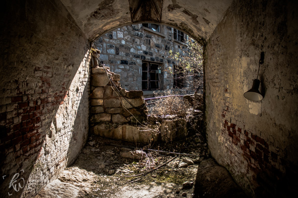 A crumbling wall in the Eastern State Penitentiary.